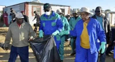Citizens participating in the Clean-up Campaign