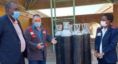 Oxygen donation to Otavi Clinic with Hon George Garab, Rudolf Coetzee and Sister Caprian Hikumwa